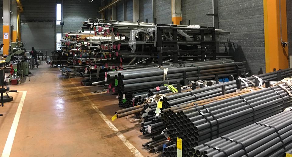 lyon-cintrage-seignobos-stockage-300références-de-tubes